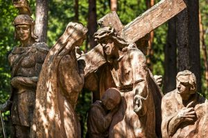 stacje drogi krzyżowej, kalwaria, kościół, ksiądz, wiara