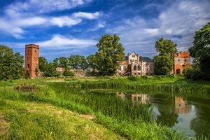 zamek krzyżacki, ruiny zamku, Krzyżacy, okres krzyżacki, warownia, baszta